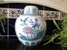 GOOD SIZE ORIENTAL GINGER JAR & LID PASTEL BLUE BIRDS BLOSSOM DECORATION 10.5""